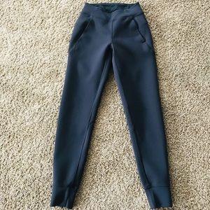 Lululemon pants size 2